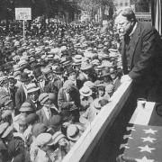 19121
